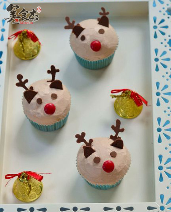 圣诞驯鹿小杯子蛋糕的做法