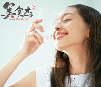 小心!5个饮食习惯最伤女人肾jc.jpg