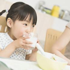 鸡蛋加牛奶?盘点儿童饮食六误区