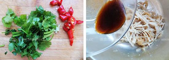 凉拌金针菇海蜇丝Yg.jpg