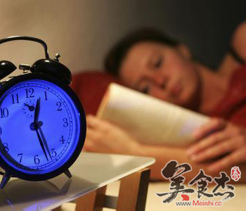 经常失眠应该调一调气血vU.jpg