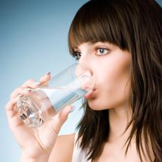 警惕!7种饮水习惯会致命