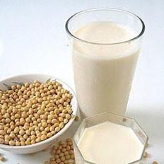 喝豆浆降胆固醇又补脑