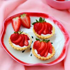 酸奶草莓挞