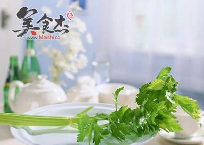 八类怪味食品力助春季减肥oH.jpg
