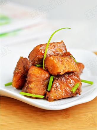 红烧咸鱼块