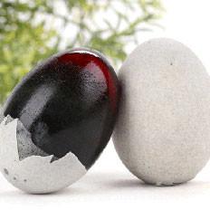最简单的松花蛋去壳方法