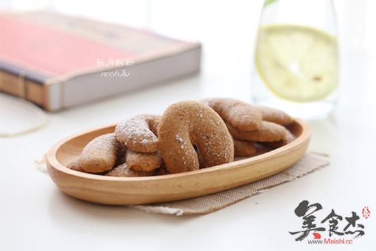 新月榛子酥饼nu.jpg