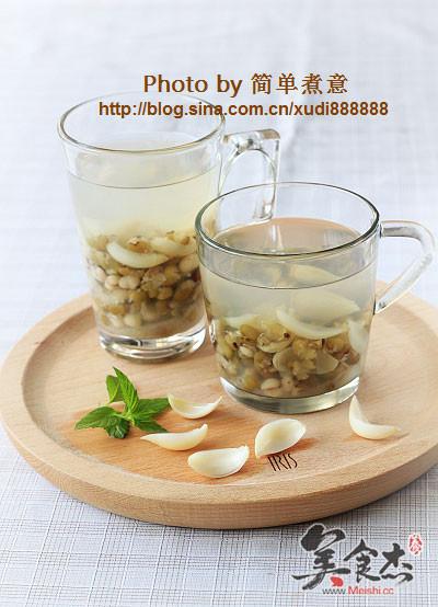 绿豆百合薏米水