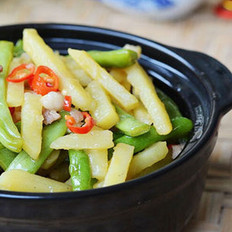 四季豆焖土豆