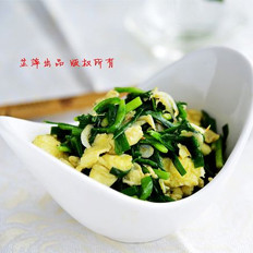虾皮韭菜炒蛋