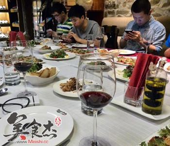 美餐厅给不玩手机者打折_食品安全 - 美食杰