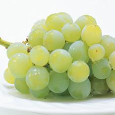 秋季葡萄好处多,各色营养不同