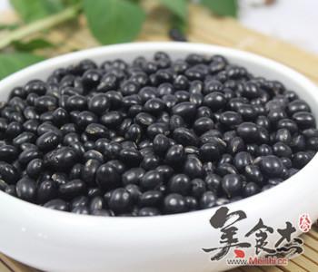 黑豆两吃法,补肾又益气dr.jpg