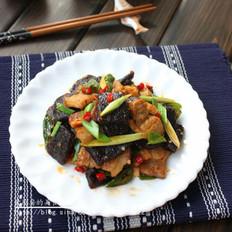 蕨粑炒回锅肉