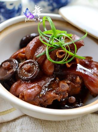 香菇焖猪蹄
