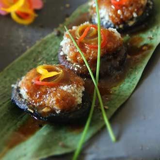 酥烤香菇酿肉