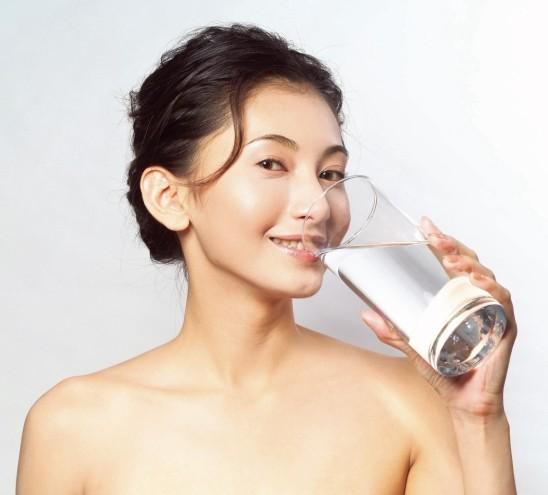 晨起第一杯水该怎么喝