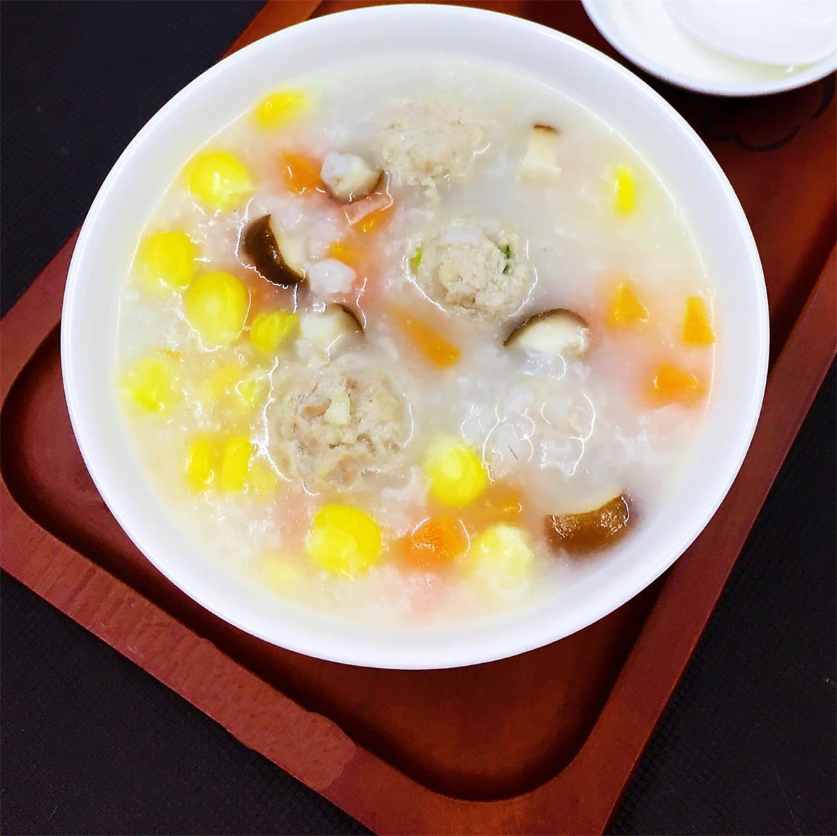 营养 香菇粟米肉丸粥