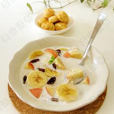 水果燕麦牛奶
