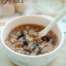 核桃木耳粳米粥