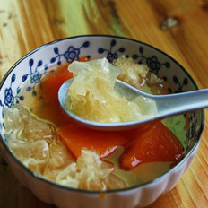 冰糖雪耳炖木瓜