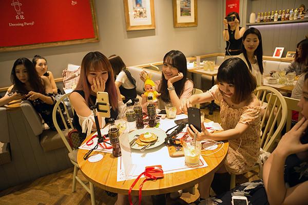 为什么网红们都爱丘比沙拉汁WX.jpg